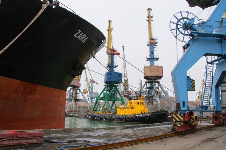 """От """"Черноморска""""  до """"Бердянска"""". Почему у Зеленского хотят раздать в концессию все морские порты"""