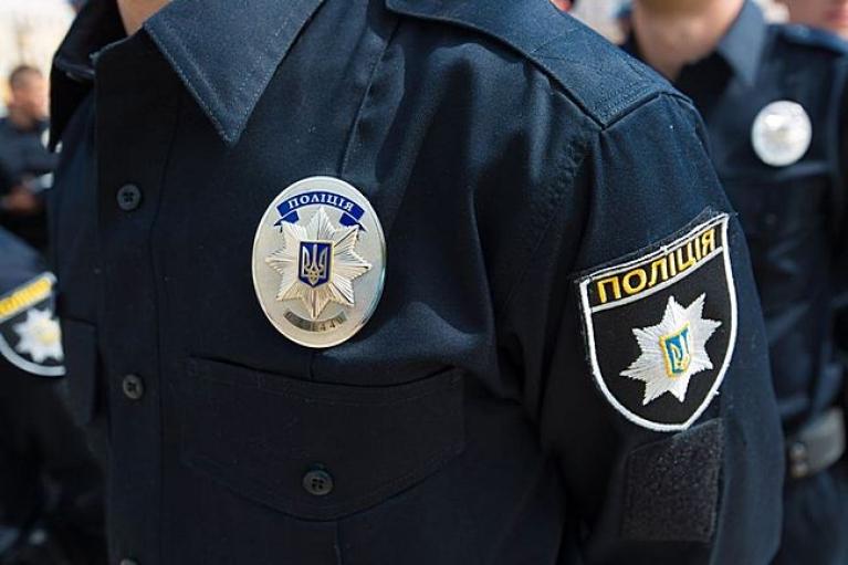 В Чернигове патрульные застрелили вооруженного ножами мужчину