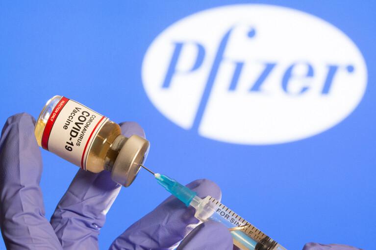 Шмыгаль пообещал, что вакцина Pfizer вот-вот приедет в Украину