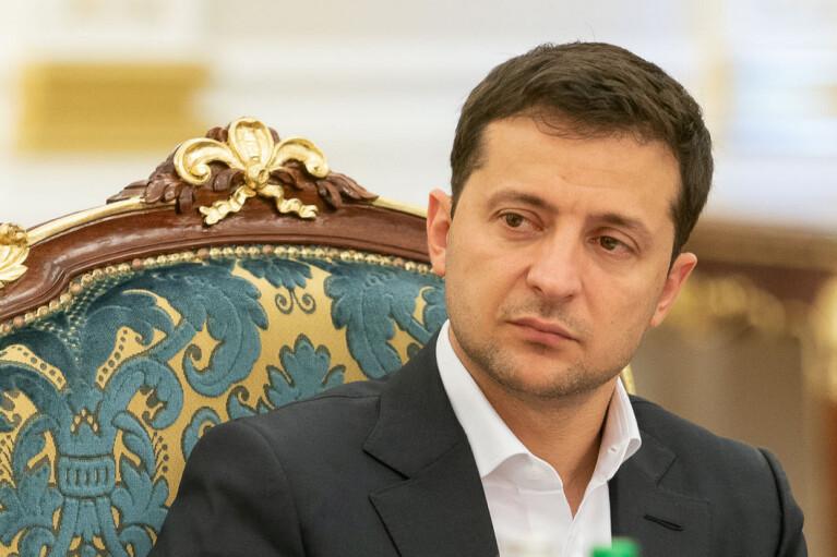 Зеленский прокомментировал отвод российских войск от границы Украины