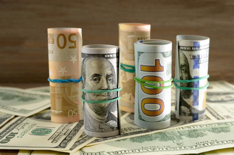 Альтернативы доллару. Куда вкладывать деньги в 2021 году