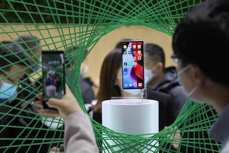 Двойная мощность и новый ум. Каким будет последнее поколение смартфонов