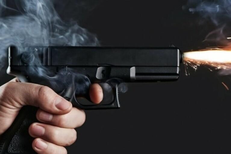 Отпраздновал: на Донбассе российский боевик нечаянно застрелился