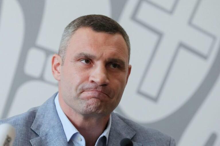 К дому Кличко нагрянули вооруженные люди в форме силовиков, – журналист