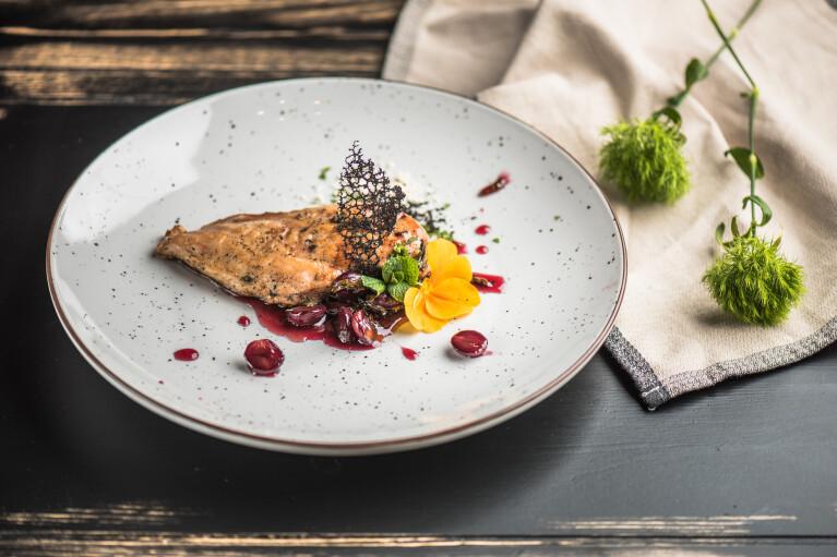 Їжа як мистецтво. Чим молекулярна кухня відрізняється від високої і до чого тут туризм