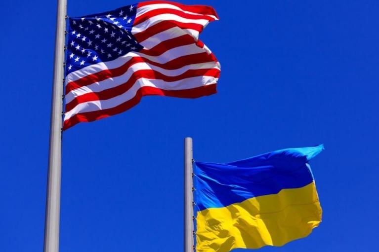 Байден пригласил Зеленского в Вашингтон, а Евросуд разблокировал активы Януковича. Главные события страны 7—13 июня