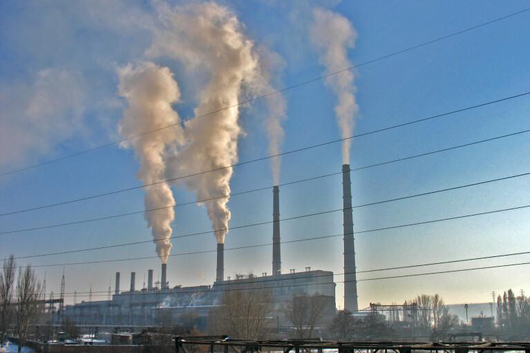Работа Славянской ТЭС остановлена из-за отсутствия угля
