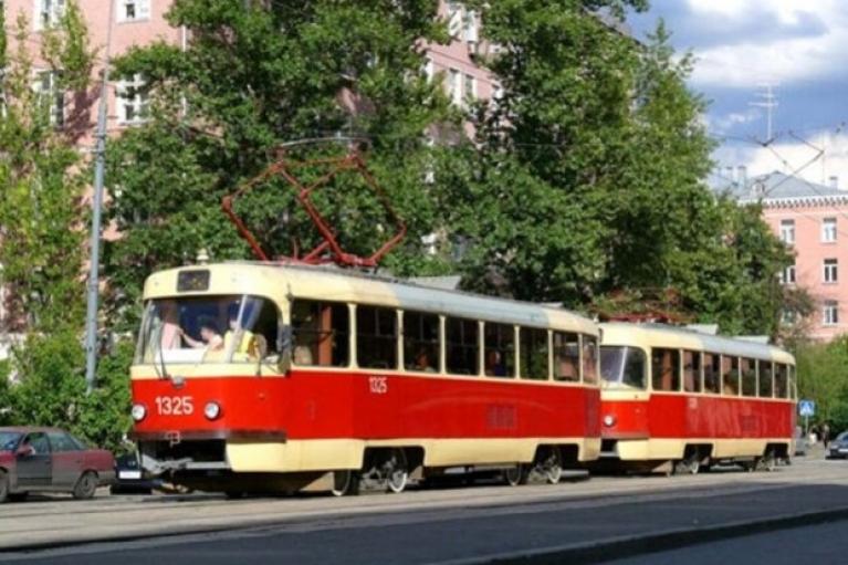 У Шмыгаля выделили более 1 млрд грн на закупку трамваев для Днепра и Кривого Рога
