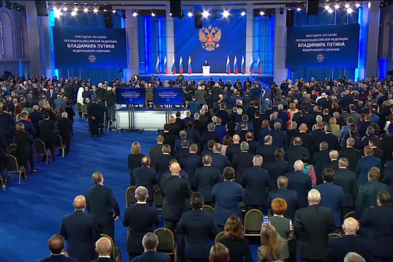 """Путин в своем послании """"забыл"""" о Донбассе и об остальной Украине"""