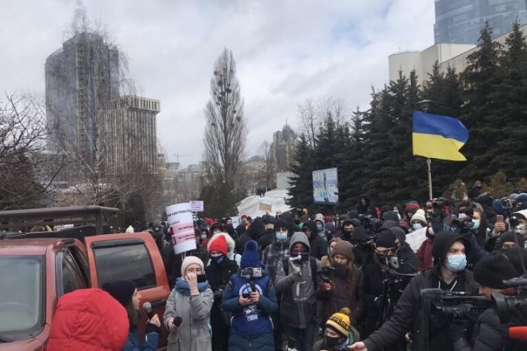 В центре Киева митингуют против съезда судей (ВИДЕО)
