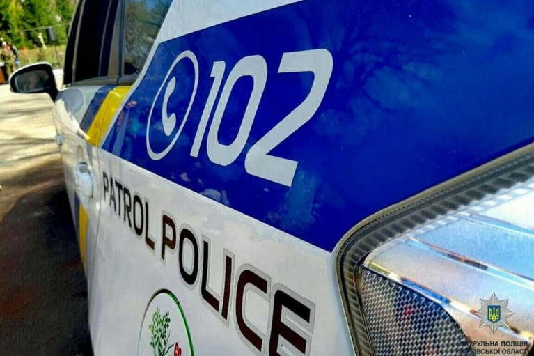 В Одессе пьяный водитель пытался скрыться от патрульных и повредил девять авто