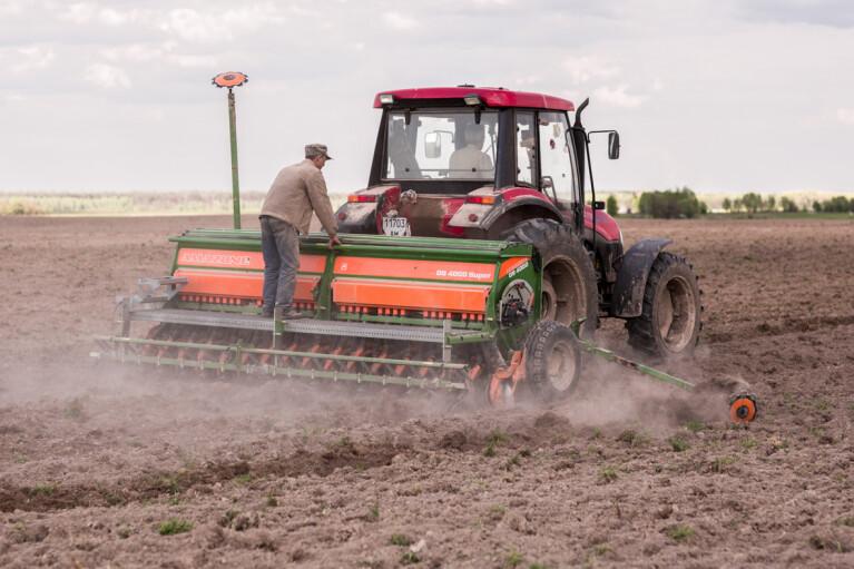 """Доллар, солярка и """"Монсанто"""". Во сколько обойдется аграриям посевная-2020"""