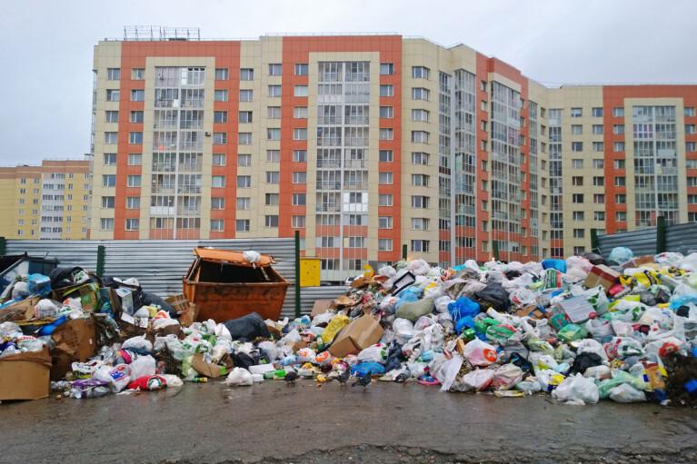За 4 года количество мусора в Украине выросло почти на 40%