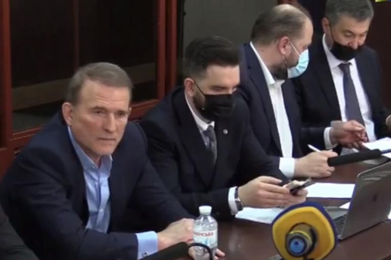 Суд обрав запобіжний захід Медведчуку