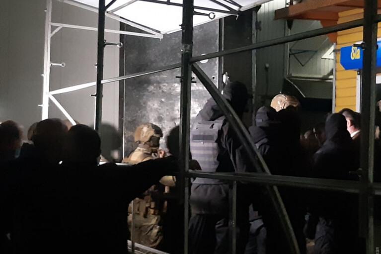 Конфликт турок со спецназом СБУ в Одессе: Попытка самосожжения и несколько раненых