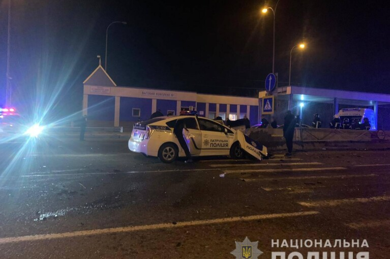 На Одещині поліцейське авто потрапило у ДТП, загинула одна людина (ФОТО)