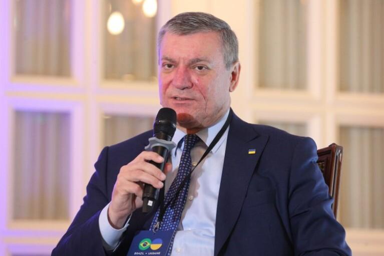 """Уруский рассказал о возможном сотрудничестве с """"Боинг"""" и новом заказе самолетов Ан-74"""