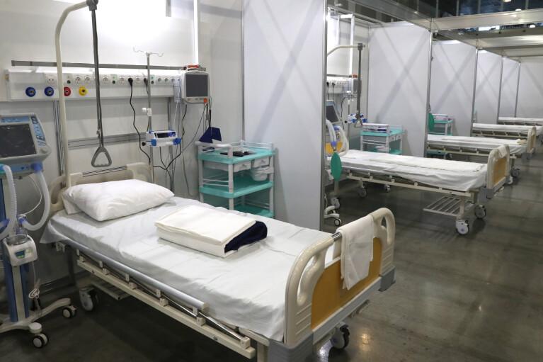 """Во Львове для """"коронавирусных"""" откроют два временных госпиталя"""