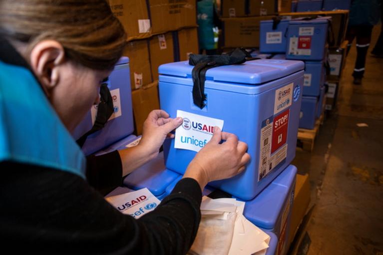 Україні передадуть холодильників для COVID-вакцин на $2,8 мільйона