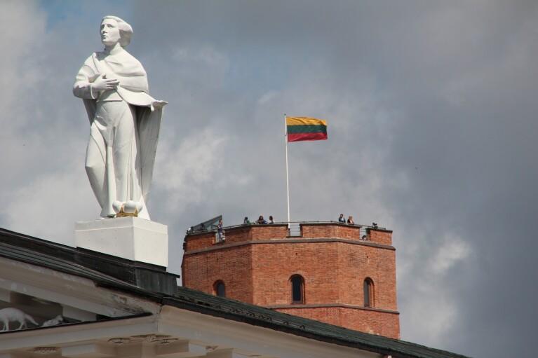 Санкції проти Росії триватимуть, доки вона не припинить окупацію частини України, — МЗС Литви