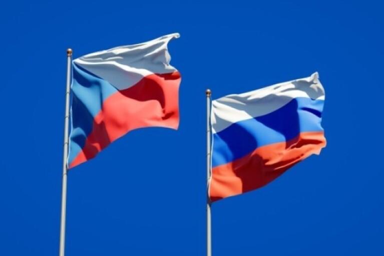 МИД РФ запретил чешскому посольству нанимать на работу россиян