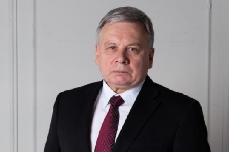 """Россия """"согнала"""" к границе Украины более 100 тысяч военных, — Таран"""
