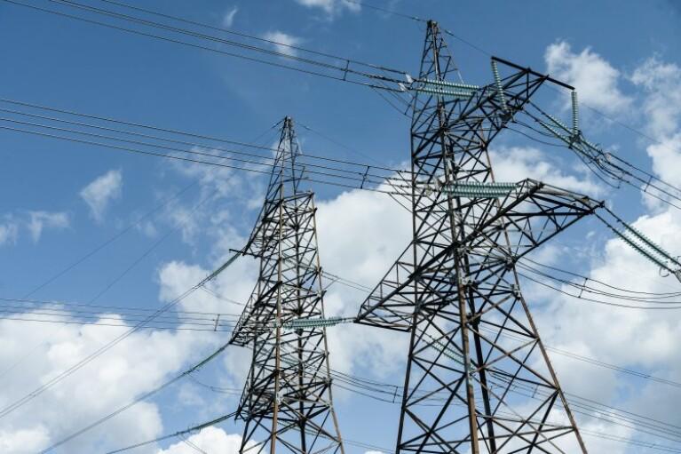 Україна відновила експорт електроенергії в Європу, зберігши імпорт з Білорусі