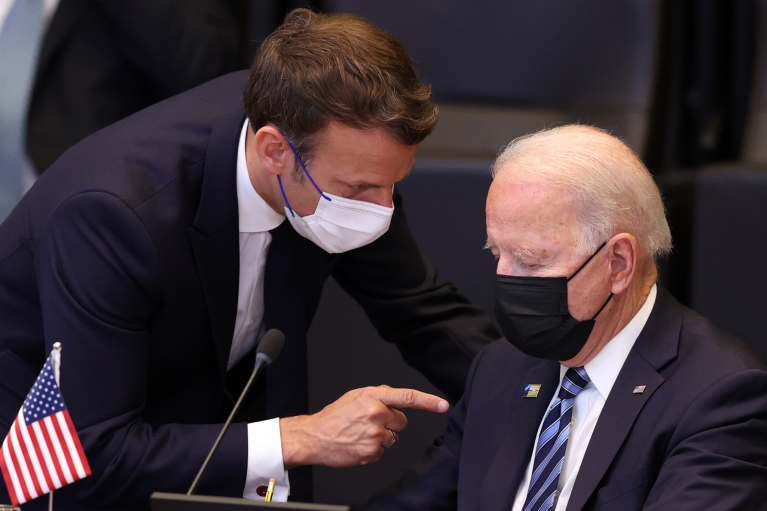 Вызов Нормандии. Во что выльется конфликт между США и Францией