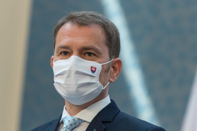 Прем'єр Словаччини у прямому ефірі безглуздо пожартував про Закарпаття (ВІДЕО)