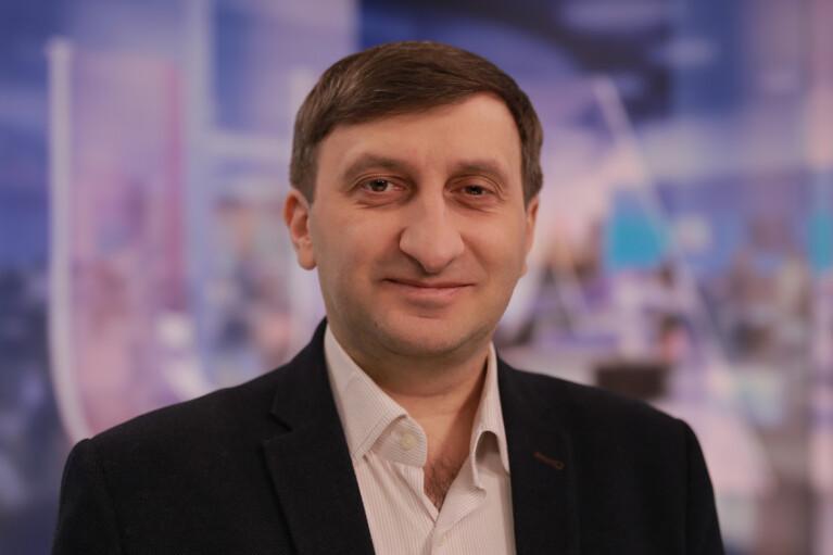 Зеленского подставляют приговором Стерненко — интервью с политологом Виталием Куликом
