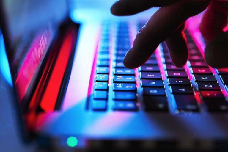 Непетины папы. Минюст США начал охоту на хакеров из ГРУ