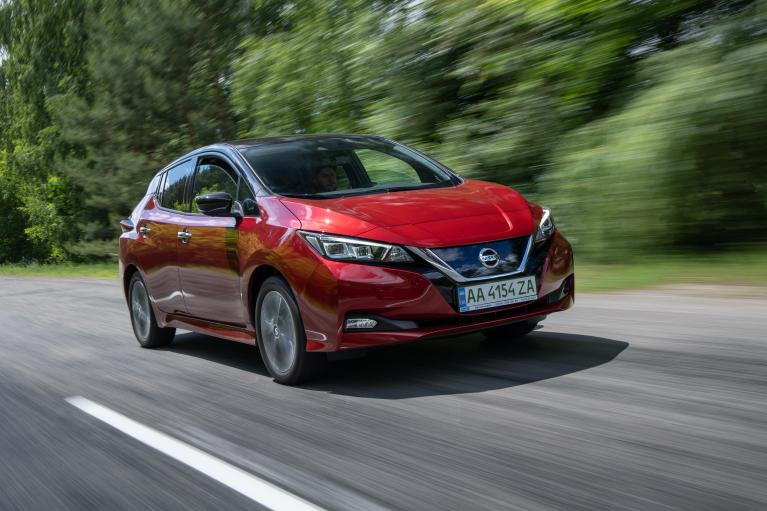 Официальный Nissan Leaf. Что предлагает автолюбителям самый популярный электромобиль в Украине