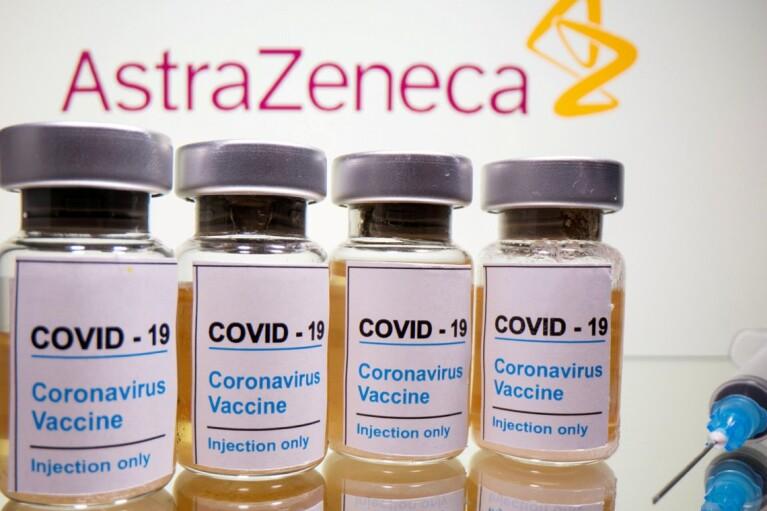Украина получила десятки тысяч доз COVID-вакцины из Литвы