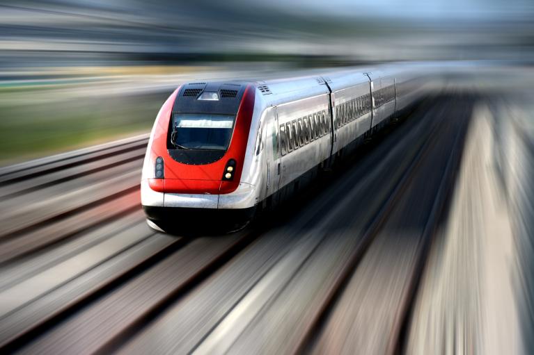 """Золоті рейки. Скільки грошей закопають в проєкт """"високошвидкісної залізниці"""""""