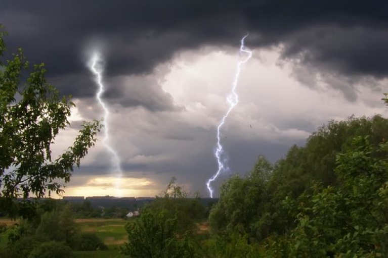 Дожди и грозы: по Украине объявлено штормовое предупреждение (КАРТА)