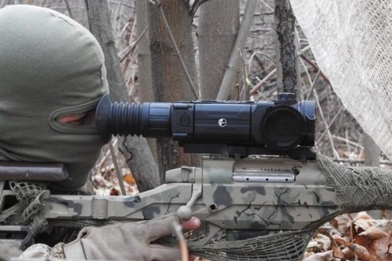 Оккупанты пять раз открывали огонь на Донбассе, позиции ВСУ обстреливали снайперы