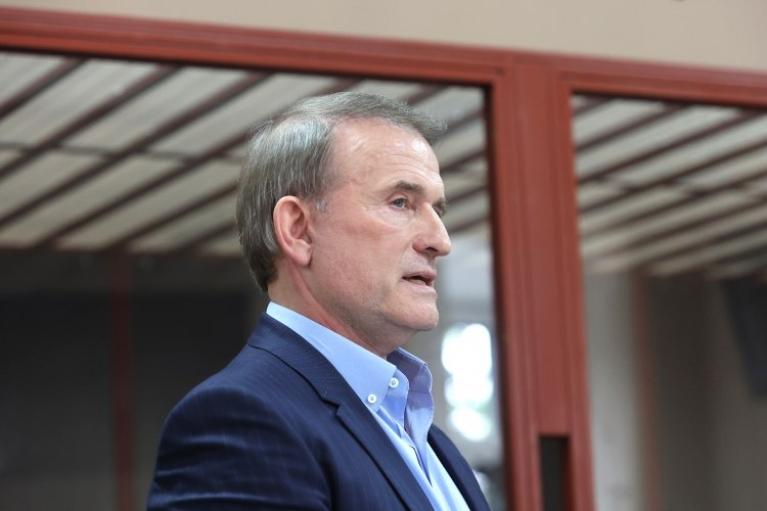 Суд избрал меру пресечения Медведчуку