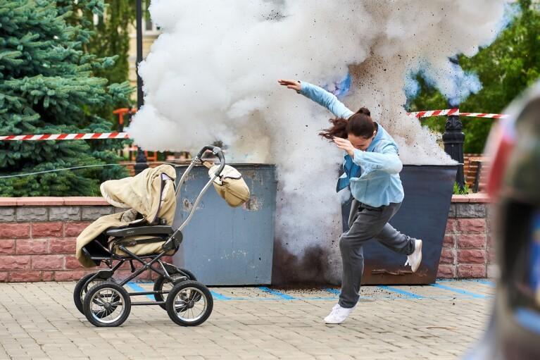 """Канал """"Украина"""" начал съемки четвертого сезона детективного сериала """"Выходите без звонка"""""""