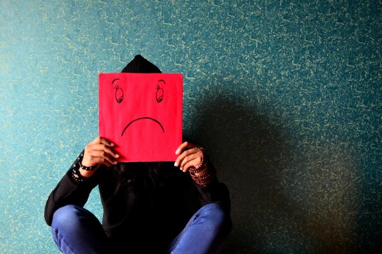 В Украине резко возросло количество самоубийств среди подростков