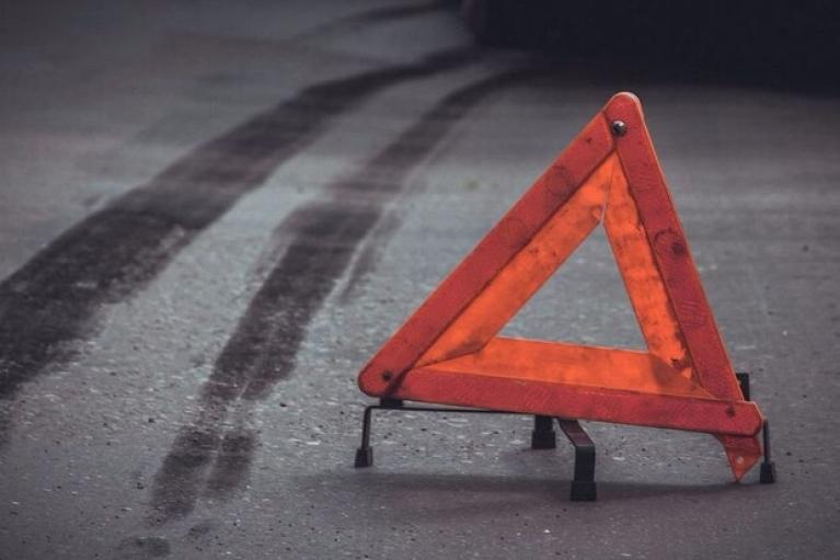 Винничанка похитила в Одессе эвакуатор и врезалась в троллейбус