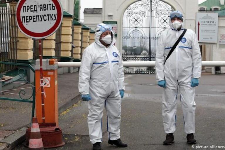Стали известны некоторые ограничения, которые могут ввести в Киеве на Пасху