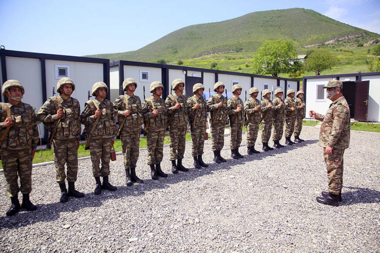 Азербайджан розмістив в Нагірному Карабаху 20 військових частин (ФОТО)