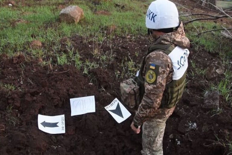 Бойовики обстріляли житлові будинки на Донеччині (ВІДЕО)