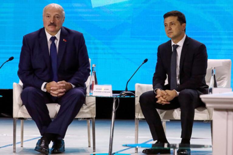 """Лукашенко """"наїхав"""" на Зеленського: """"пора навчитися поводитися дипломатично"""""""
