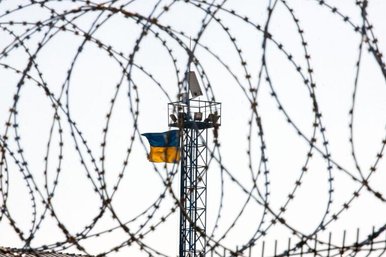 """""""Народна міліція"""" без контролю над кордоном. Як Путін змушує Зеленського провести вибори в ОРДЛО"""