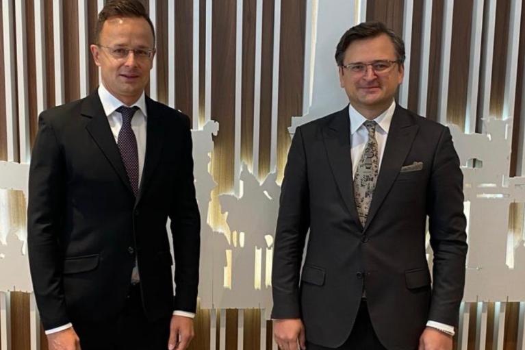 Глава МИД Венгрии Сийярто приедет на Донбасс