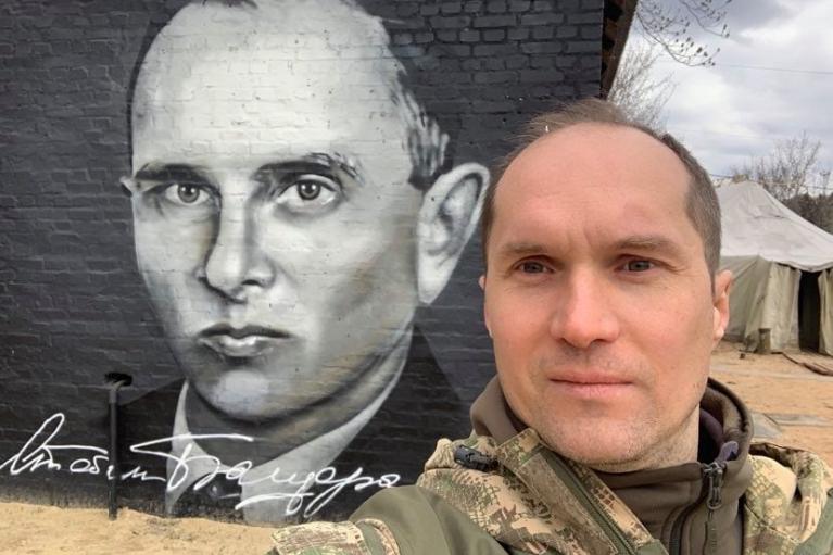 Журналист Бутусов ушел с должности советника министра обороны: Реформ нет, одна показуха