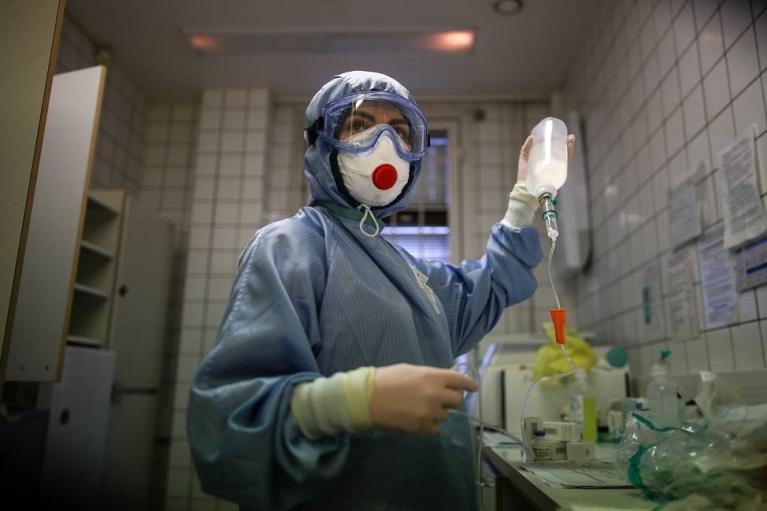 В Москве установили суточный антирекорд по числу больных COVID-19 с начала пандемии