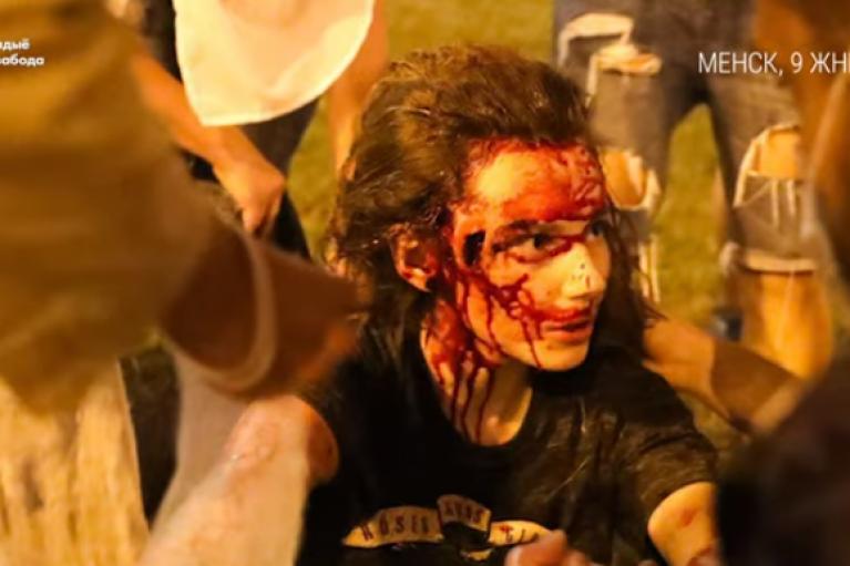 Силовики у Мінську почали стріляти у протестувальників (ВІДЕО)