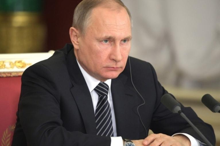 За аннексию Крыма: ЕС продлил еще на год санкции против России